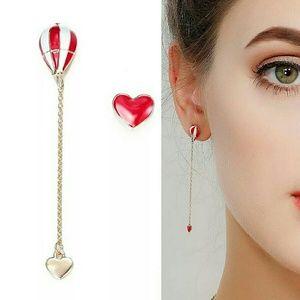 Jewelry - ❤️ earring Set Capture My Heart Dangle Earings*